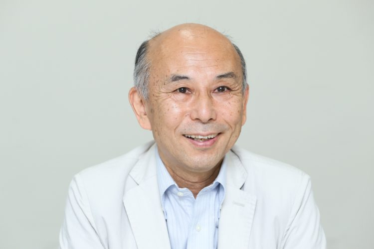 Hosei University professor emeritus Yasuo Suwa stressed the importance of the right to a career to enable individuals to work on their own terms.